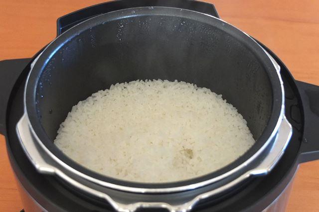 今回は、千葉県多古産コシヒカリの新米2合を炊飯
