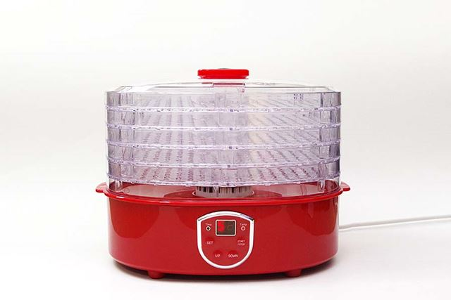 上部の透明ケースの中に並べた食べものを、指定した温度で乾燥できるという機械