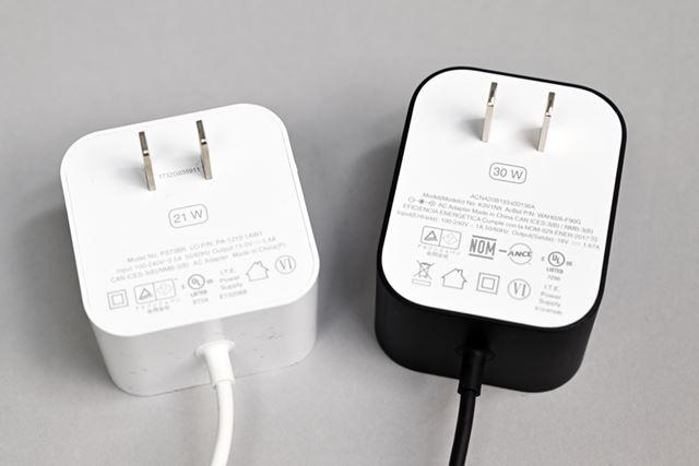 スピーカーのパワーアップにともない、第3世代「Echo」のACアダプターも大きくなっている