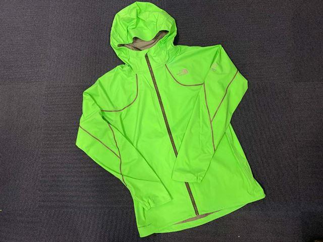 「FL フライトトレイルジャケット(メンズ)」(品番:NP71970)の公式サイト価格は、38,500円(税込)