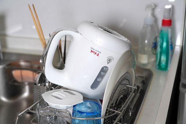 食事のあと、食器と一緒にサクッと洗って乾かしておけます。楽なんだコレが……!