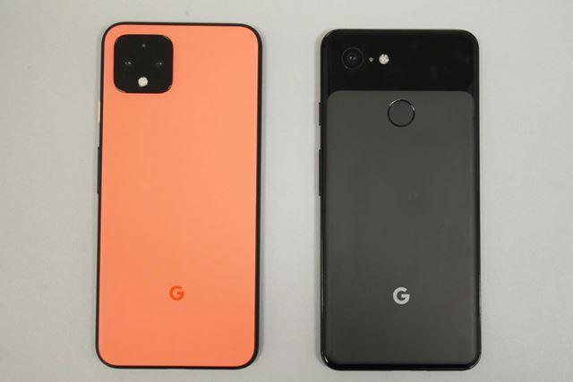 デュアルカメラになったことで、背面デザインは「Pixel 3」(右)から大きく変わった