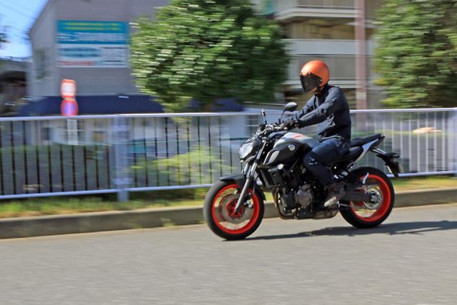 昨今の大型バイクとしては突出した部分はないが、扱いやすく乗りやすい