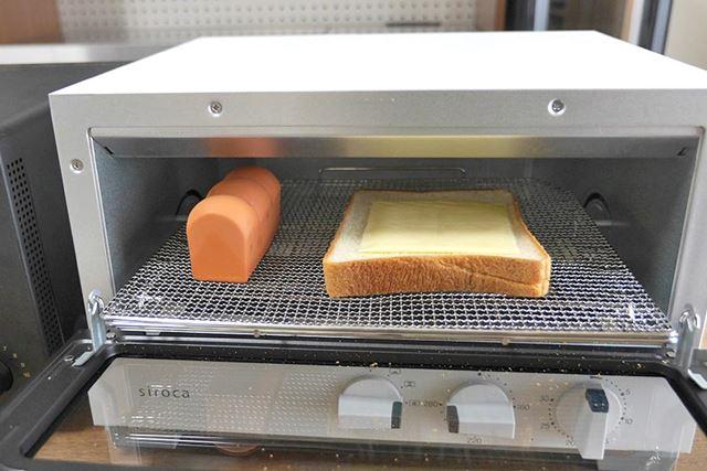 ということでチーズトーストを焼いてみると