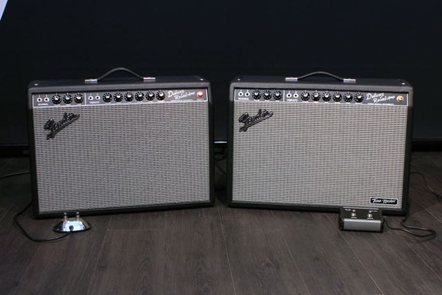 左が元祖デラリバ、右が新型デジデラですが……右下の「Tone Master」ロゴくらいでしか見分けられません
