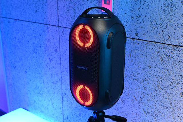 最大80Wの出力を備えた大型スピーカー「Rave Mini」。本日より発売を開始している。価格は18,999円(税込)