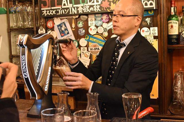 飲食店にこのハープ型のビールサーバーがあれば、樽詰めの「ドラフトギネス」が飲める証拠