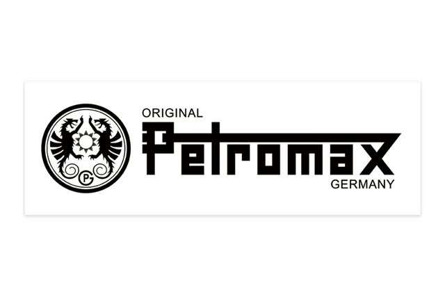 「ロゴステッカー」は、ペトロマックス伝統のブランドロゴが黒で入った透明タイプのステッカー