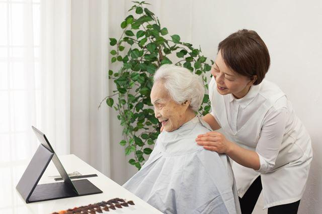 奈良県・天理市は、訪問理美容サービス利用券1枚を贈れる返礼品を用意(写真はイメージ)