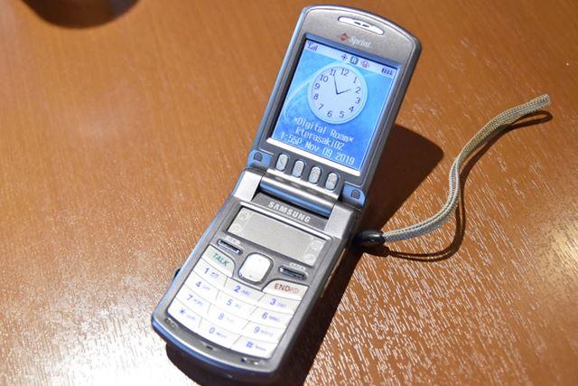 サムスン製のPalm携帯電話、SPH-i500