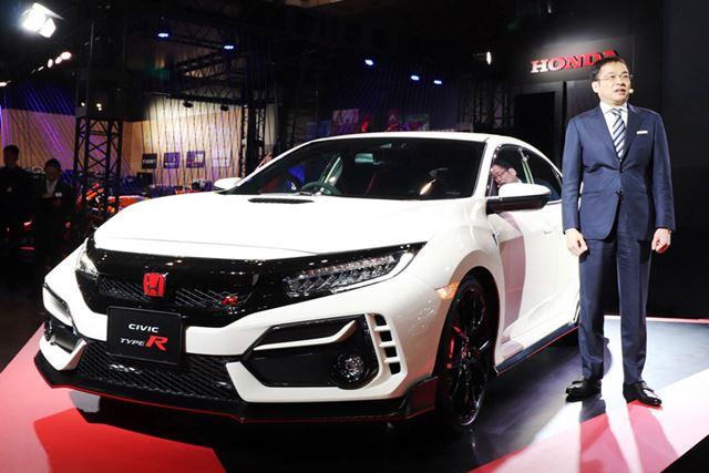 「東京オートサロン2020」において、サプライズで公開された新型「シビックタイプR」