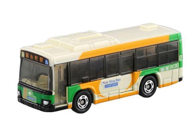 トミカNo.20「いすゞ エルガ 都営バス」には、サスペンション機能がありません