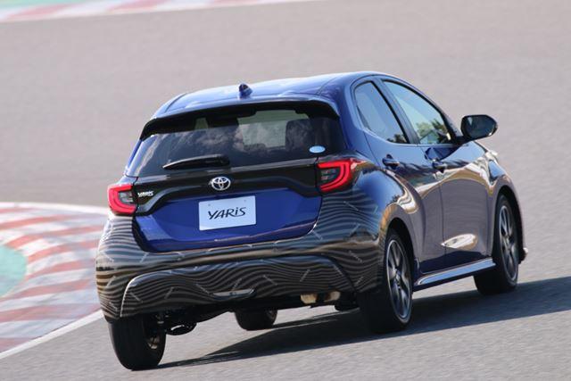 新型「ヤリス」は、プロトタイプ車をサーキットで試乗した際にも、走行安定性の高さが感じられた