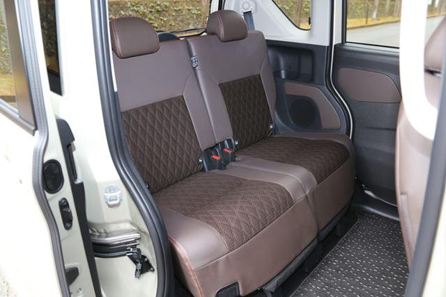 三菱 新型「eKクロススペース」のリアシート