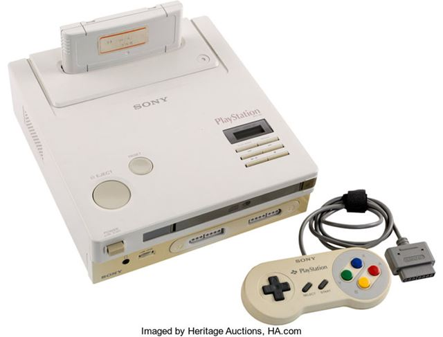 世界で1台しかないというゲーム機「Nintendo PlayStation」のプロトタイプ(画像はHeritage Auctionsより)