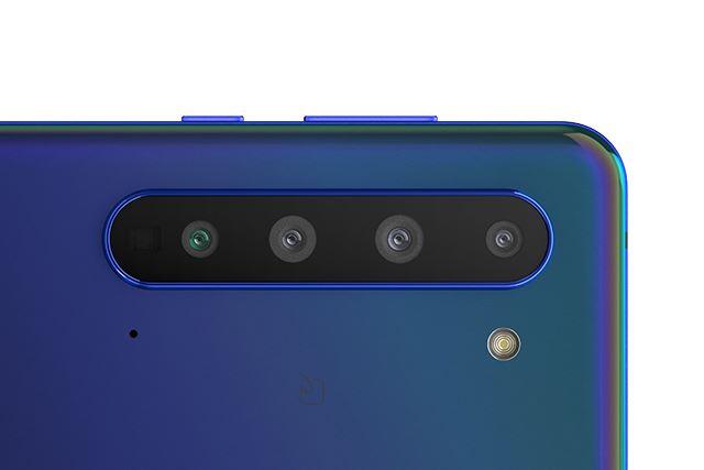 標準、超広角、望遠、TOFの4基のカメラを搭載するメインカメラ。8Kの静止画および動画の撮影に対応する