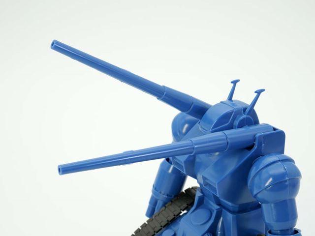 両肩の120mm低反動キャノンもそれぞれ上下に可動
