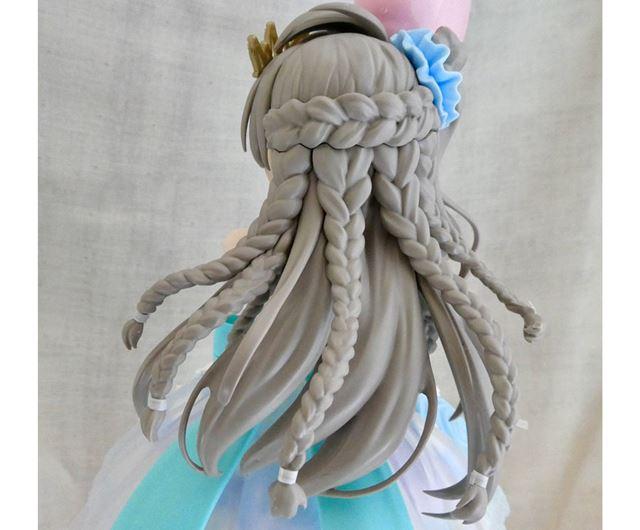 髪の複雑さや流れも忠実に再現。髪らしいマットな質感で、色合いもとてもきれいです