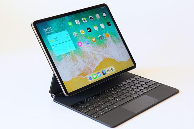 今回は12.9インチiPad Pro用のMagic Keyboardを試用した。アップルストア価格は37,800円(税別)