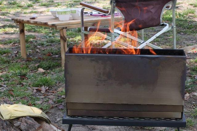 二次燃焼の炎だけでなく、一次燃焼の炎もキレイなので安心してください