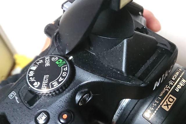 一眼レフカメラの微細なホコリがたまりやすい凹凸部分の掃除も、大変効果的でした