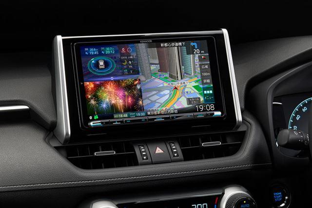 画像は、「MDV-M907HDL」のトヨタ「RAV4」への装着例
