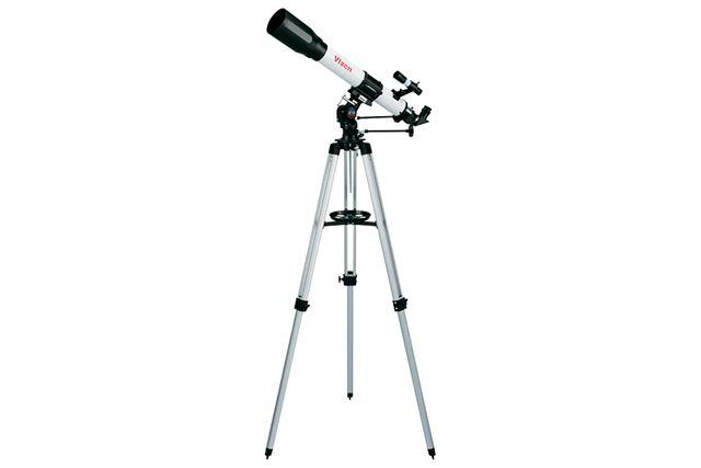 鏡筒部の長さが750mmのシンプルな天体望遠鏡。キャリングバッグや星座早見盤、星座ガイドブックが付属
