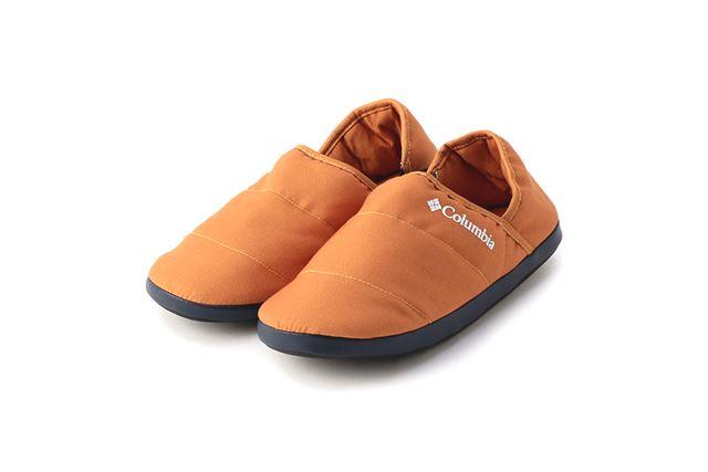サンダル感覚で履けるうえ、靴のように歩行をサポート