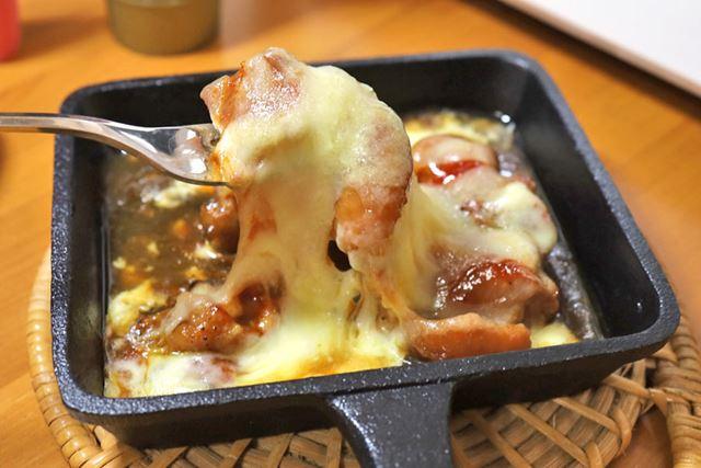 コチュジャンのピリ辛がチーズにからまってウマい!