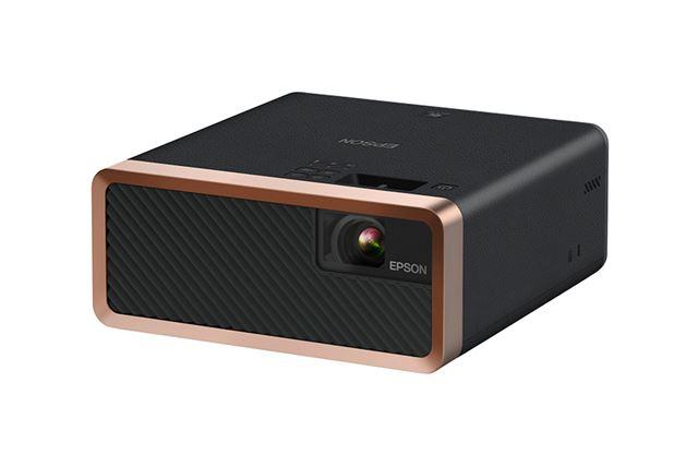 「EF-100」はスティック型端末の内蔵が可能。FireTV Stickをそのまま使えるところもメリット