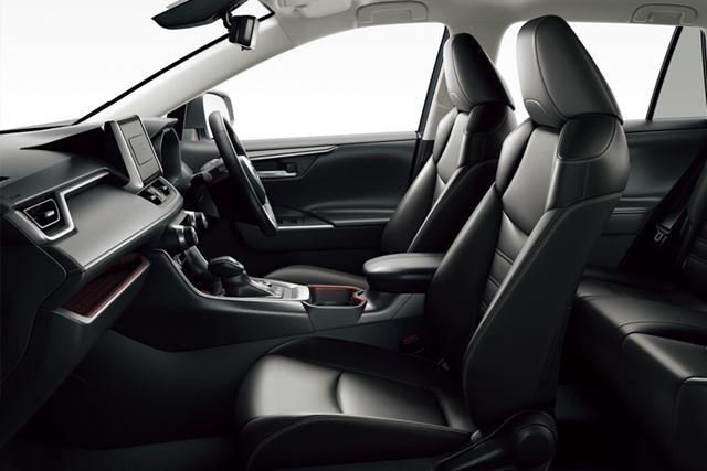 トヨタ「RAV4」のシート