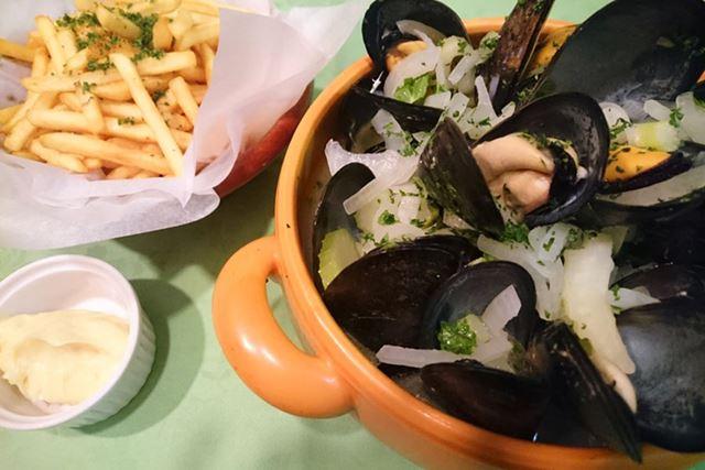 ムール貝の白ワイン蒸し&フリッツ