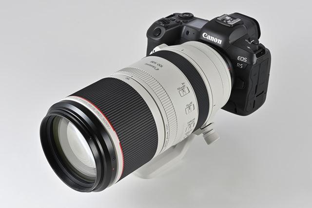 EOS R5にRF100-500mm F4.5-7.1 L IS USMを装着したイメージ