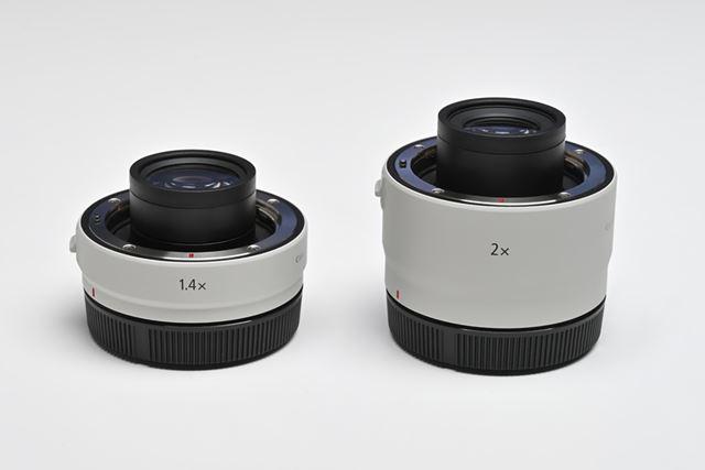 左がEXTENDER RF1.4×、右がEXTENDER RF2×