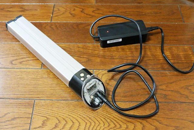 バッテリー残量ゼロの状態から満充電まで4〜6時間かかる