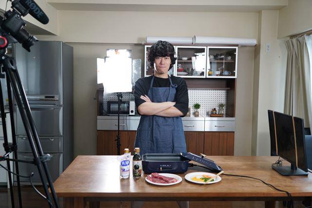 価格.comマガジン編集部のアラサー独身男子・久米が、料理でオトコを磨きます!