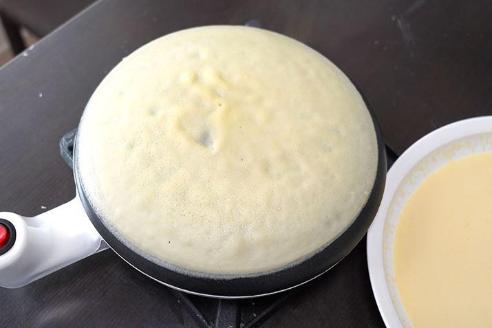 Thật dễ dàng để có được một chiếc bánh crepe đẹp mắt!