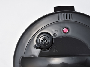 蒸気を逃さない高圧調理で時短が実現