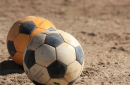 「サッカーボールのサイズ」