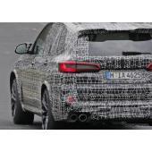 BMWのスーパーSUV「X5M」がニュルで高速テスト開始…600馬力が炸裂