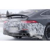 800馬力のスーパー4ドアクーペ誕生へ…メルセデスAMG GT に「73」、充電口も存在も確認