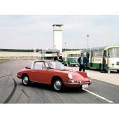 """ポルシェ 911タルガ 歴代…1967年、""""安全なカブリオ""""が発端[フォトヒストリー]"""