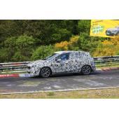 BMWのミニバンは走りが違う!アクティブツアラー「Mスポーツ」がニュルにあらわる