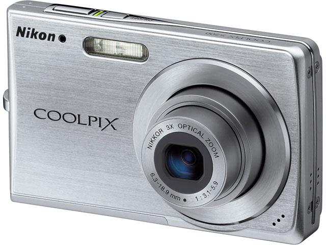 COOLPIX S200 の製品画像