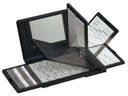 『本体 使用イメージ』 ポメラ DM10 プレミアムブラック の製品画像