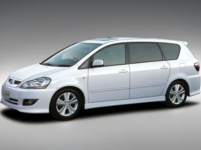 トヨタ イプサム 2001年モデル 新車画像