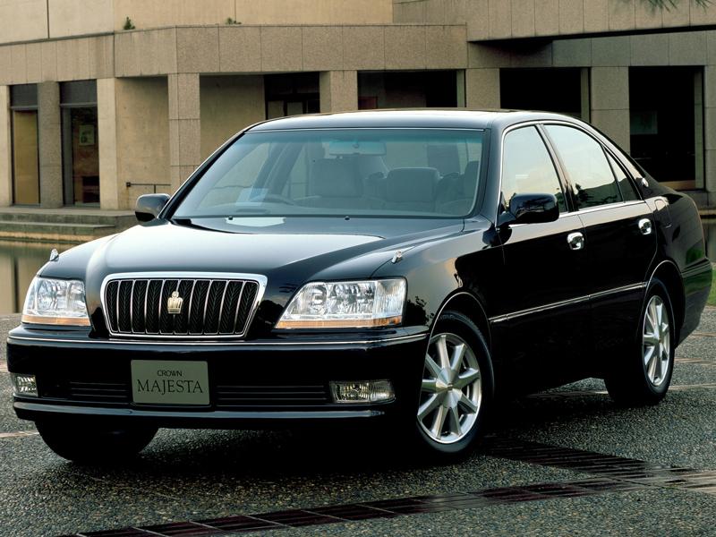 トヨタ クラウン マジェスタ 1999年モデル 新車画像
