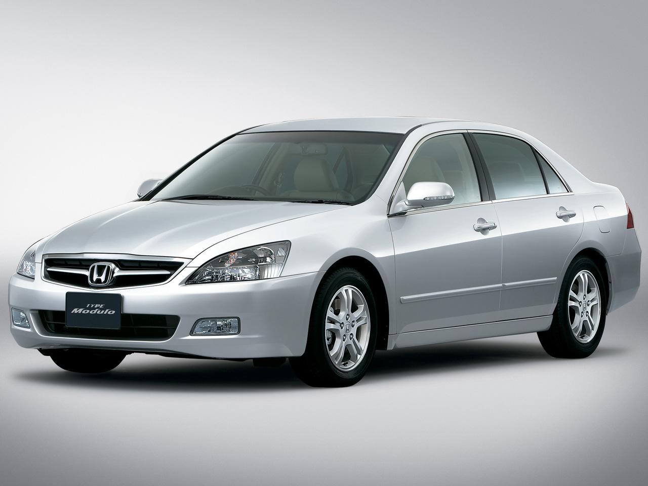 ホンダ インスパイア 2003年モデル 新車画像