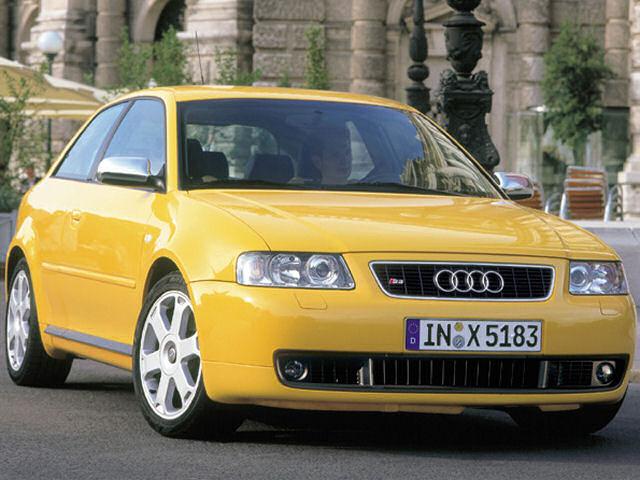 アウディ S3 2001年モデル 新車画像