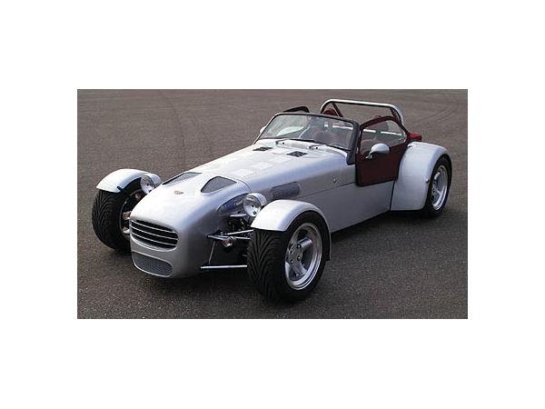 ドンカーブート D8E 2004年モデル 新車画像